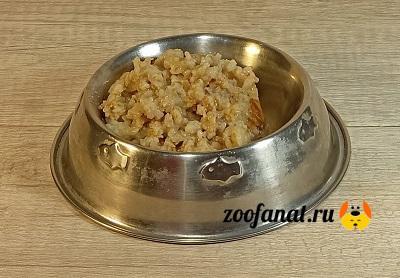 Ячневая каша на мясном бульоне