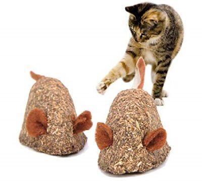 Съедобная игрушка для кошек