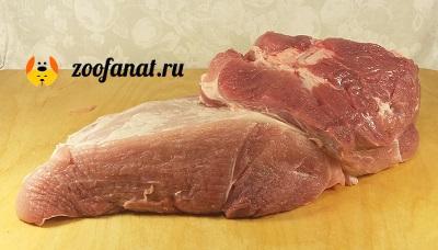 Постная, сырая свинина