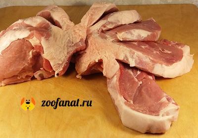 Сырая свинина